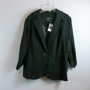 NWT Torrid black blazer size 1( fits2x)